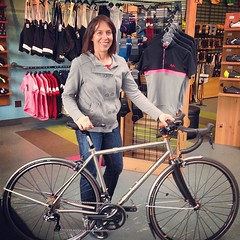 JP and her @seven_cycles Axiom SL.  #sevencycles