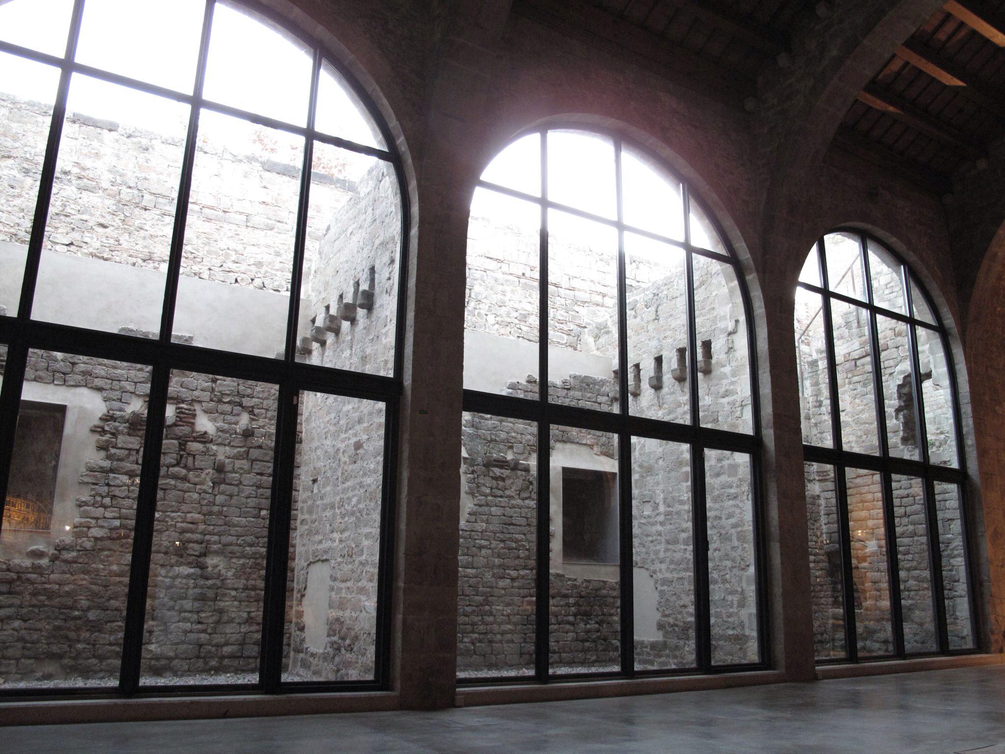 reales atarazanas barcelona_muralla_museo maritimo_restauracion