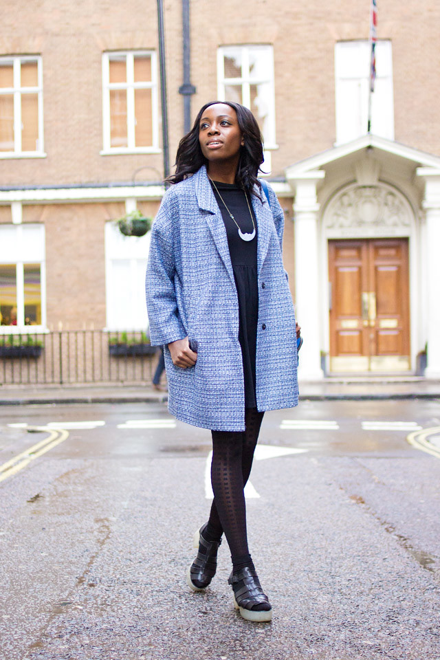how to wear an oversized Spring coat