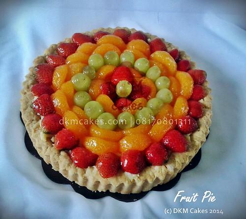 DKM CAKES, dkmcakes, toko kue online jember bondowoso lumajang, toko kue jember, pesan kue jember, jual kue jember, kue ulang tahun jember, pesan kue ulang tahun jember, pesan cake jember, pesan cupcake jember, cake hantaran, cake bertema, cake reguler jember, kursus kue jember, kursus cupcake jember, pesan kue ulang tahun anak jember, pesan kue pernikahan jember, custom design cake jember, wedding cake jember, kue kering jember bondowoso lumajang malang surabaya, DKM Cakes no telp 08170801311 / 27eca716 , pie buah, fruit pie jember