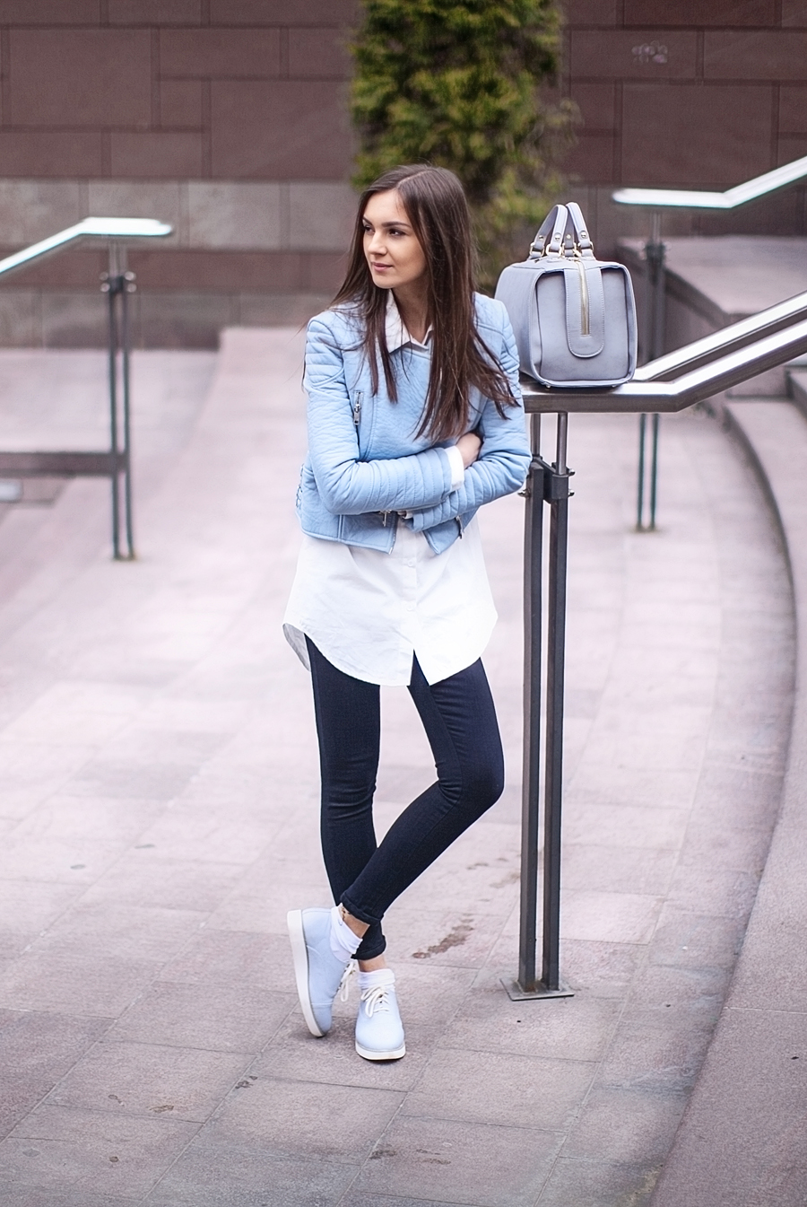 fashion_personal_style_blog_pastel_leather_jacket_white_shirt_black_skinny_jeans_street_style_blogger_outfit_look_zara_5
