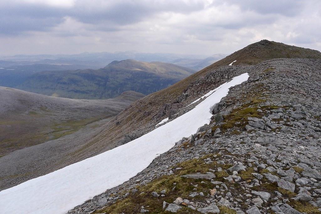 On the east ridge of Mullach Coire Mhic Fhearchair