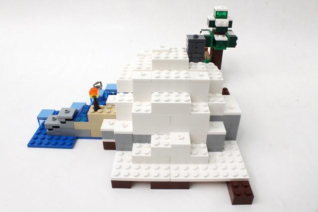 Review - 21120 LEGO Minecraft The Snow Hideout από BRICKFAN 19750808312_ff6b9ae044_z