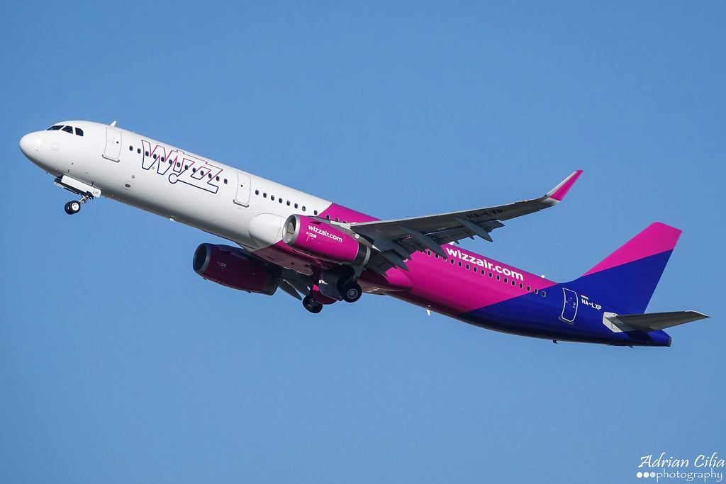 HA-LXP - A321 - Wizz Air