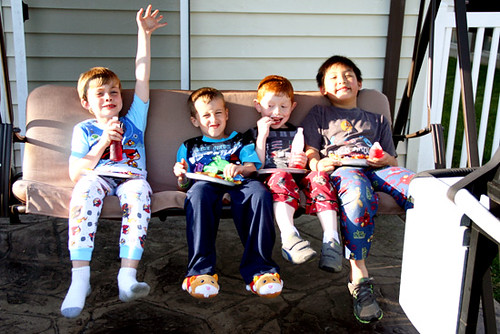 Kids-Eating-on-Porch-Swing