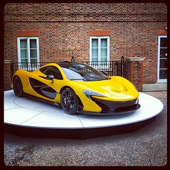 automobile(1.0), wheel(1.0), vehicle(1.0), mclaren mp4-12c(1.0), performance car(1.0), automotive design(1.0), mclaren automotive(1.0), mclaren f1(1.0), land vehicle(1.0), supercar(1.0), sports car(1.0),