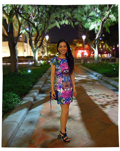 Singapore, Chijmes Outfit