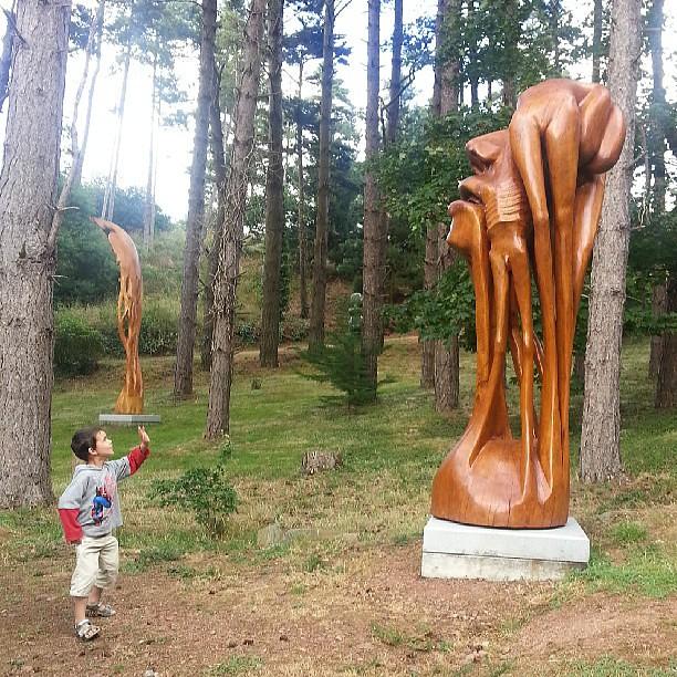 Les sculptures de kito sont magnifiques.  #paimpol #vacances #bretagne #france #blog #blogueuse #ourlittlefamily #bzh