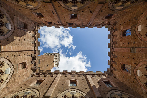 Breaking Out - Torre del Mangia