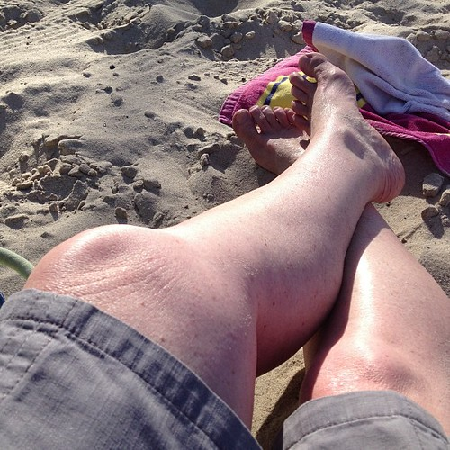 #fmsphotoaday {white} white legs on the beach