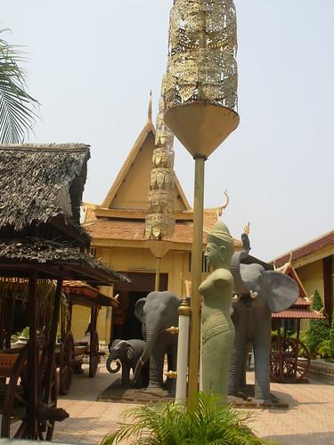 Phnom Penh-Wat Phnom (3)