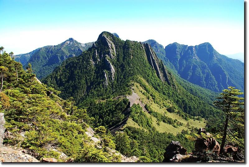 巴紗拉雲山(From布秀蘭山北望)