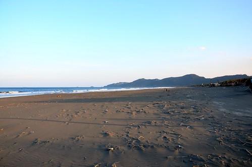 頭城到蘇澳間的宜蘭海岸多是維持自然狀態的沙灘。