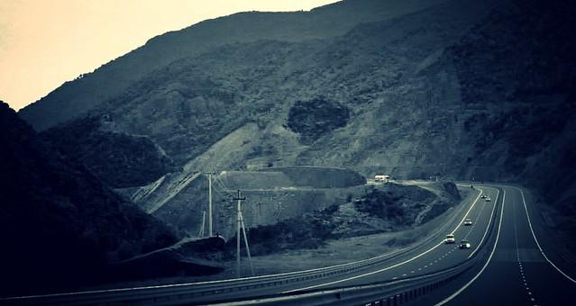 Albania saindo estrada boa