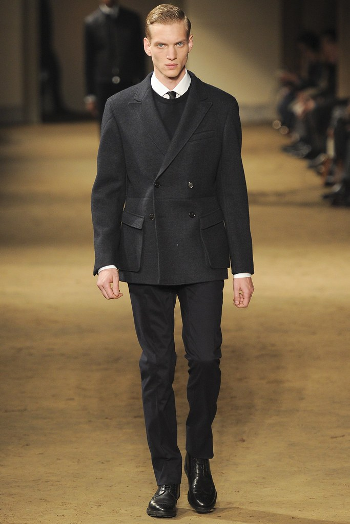 FW14 Milan Corneliani004_Paul Boche(VOGUE)