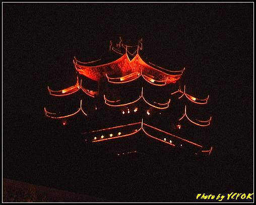杭州 吳山天風景區 - 077 (城隍閣 從吳山天風廣仰望城隍閣夜景)