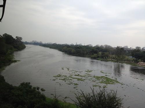 india water river lucknow uttarpradesh gomti awadh
