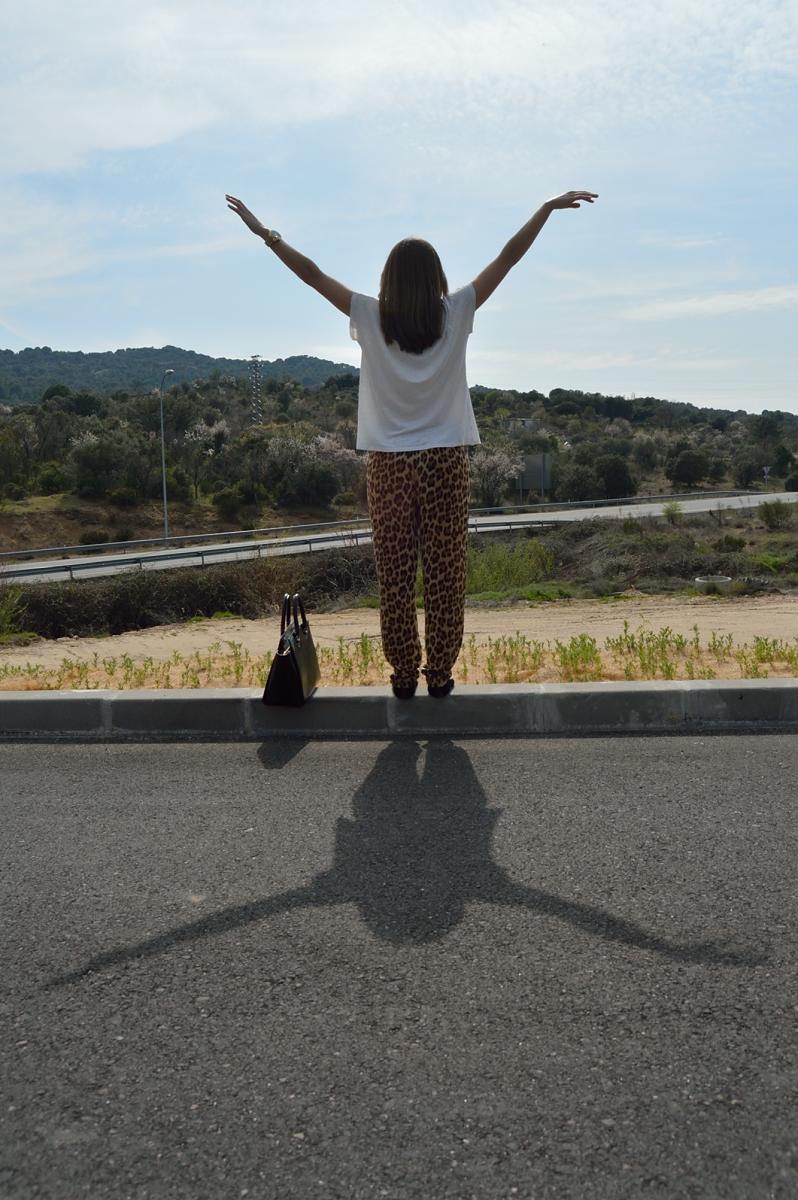 lara-vazquez-madlula-blog-style-leopard-look