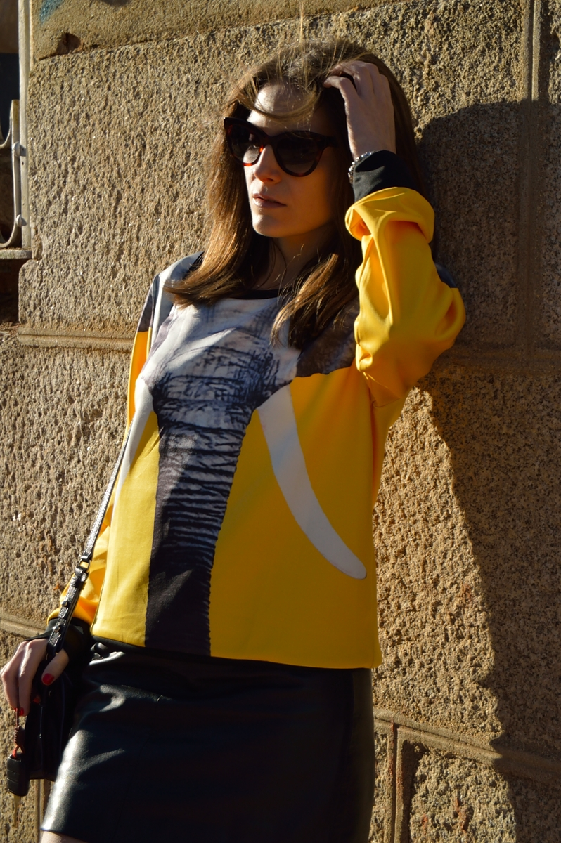 lara-vazquez-madlula-blog-elephant-sweater-sheinside