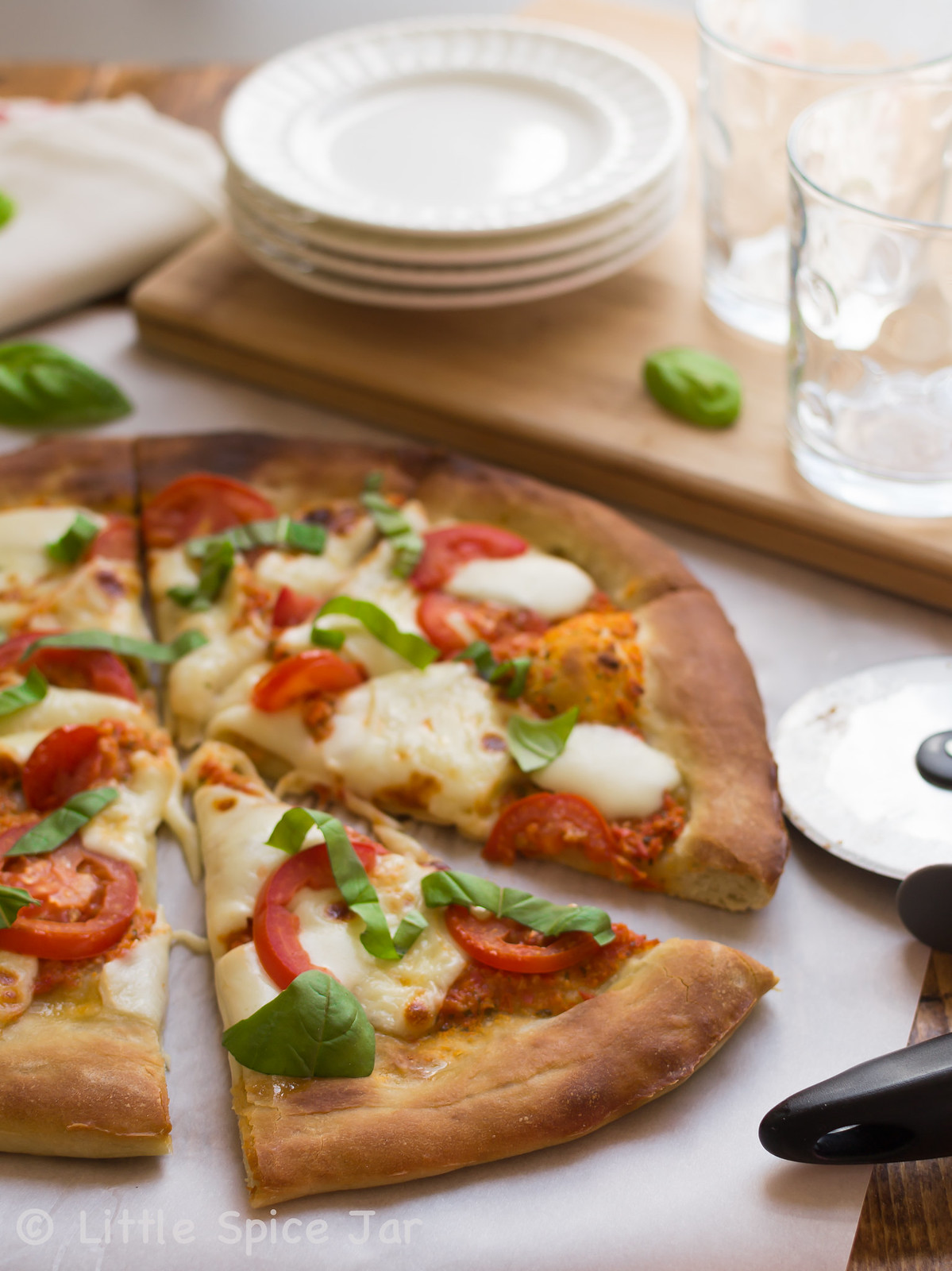 Easy Margherita Pizza 6
