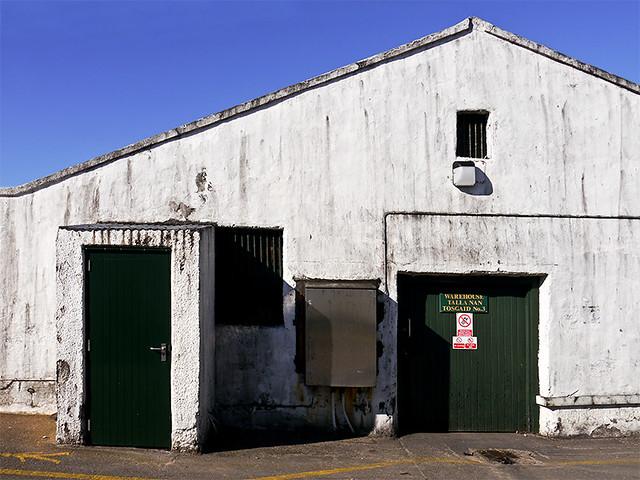 photo - Lagavulin Distillery