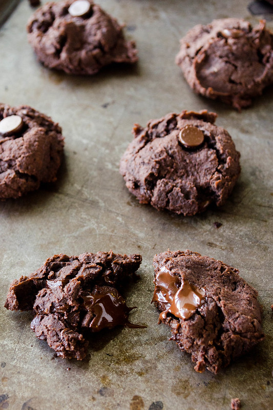 Black Bean Fudge Cookies (Gluten Free, Refined Sugar Free)