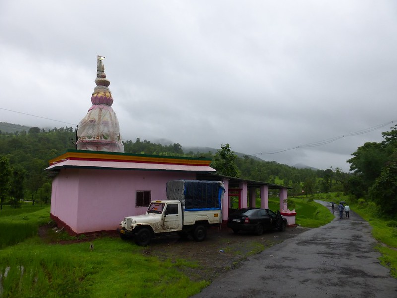 Kangorigad / Mangalgad Trek - Overnight stay at temple