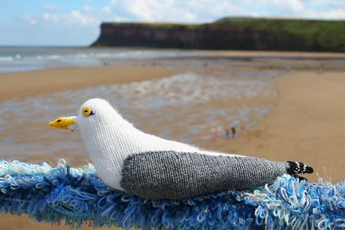 yarn bombing by overthemoon