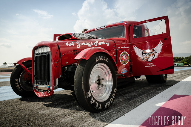 Un truck engagé dans la Castellet Drag Race 2013.