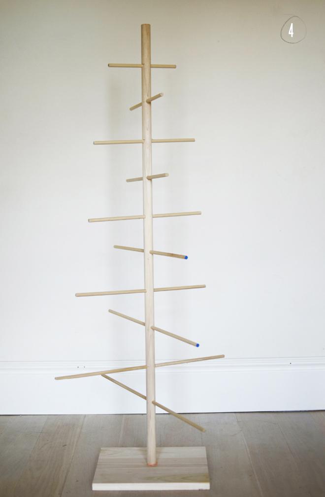 Wooden Dowel Christmas Tree