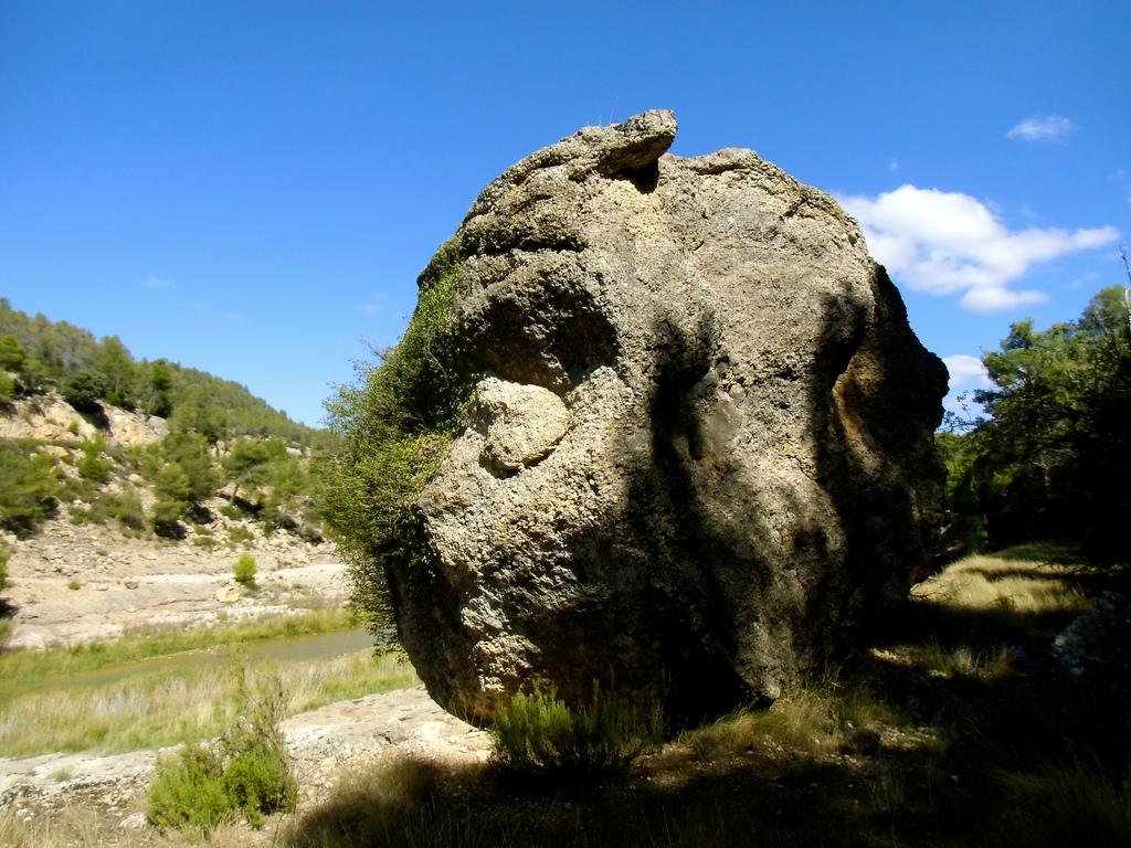2. Un detalle de la orilla del Bergantes. Autor, Manel