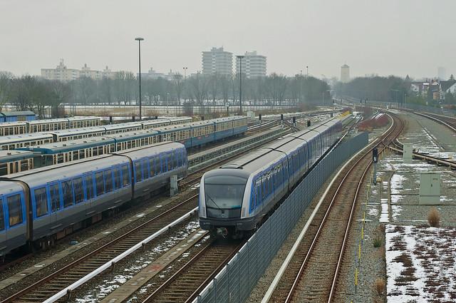 C2-Zug 701 in Fröttmaning