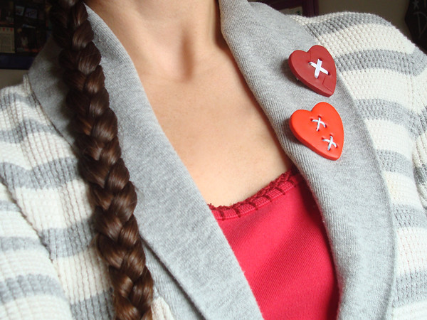 Mended Heart Brooch Tutorial