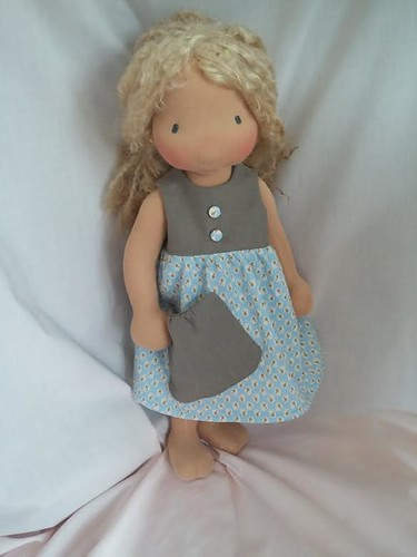 "Pebble Collecting Dress by Inviting Play (17 - 20"" dolls)"