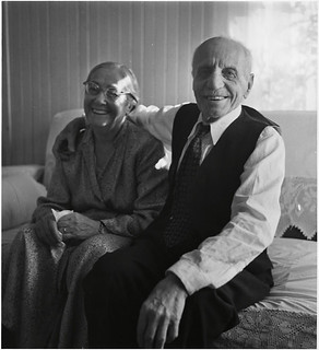 Mr. and Mrs. Karsh, Yousuf Karsh's parents / M. et Mme Karsh, parents de Yousuf Karsh