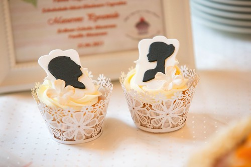 Silhouette Wedding Cupcakes