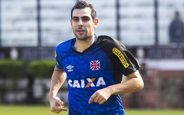 Sem Jorge Henrique e Rafael Silva, Herrera pode ganhar chance no ataque