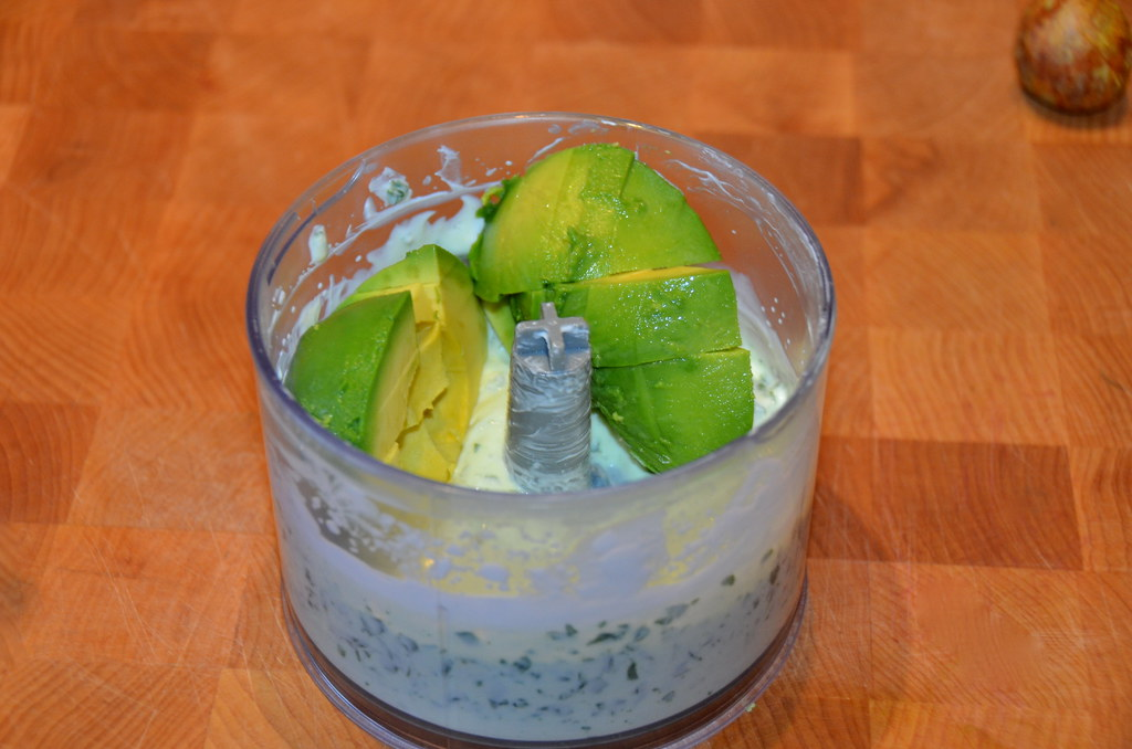Creamy Avocado and Basil Sauce