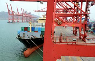 《外交政策》:从中国开过来的慢船
