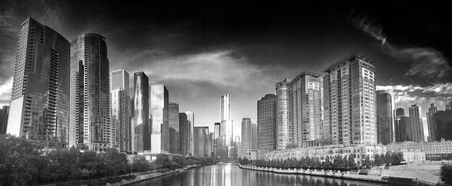 Trump Tower & Chicago Skyline