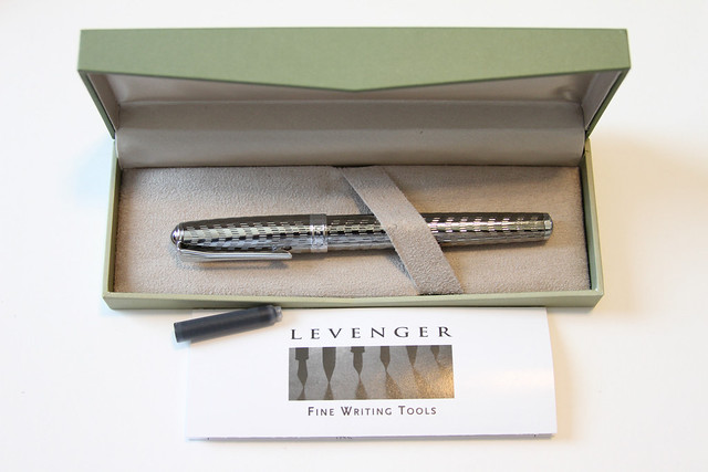 Levenger True Writer Silver Anniversary Fountain Pen Packaging