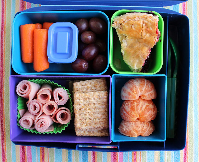 4th Grade Olallieberry Pie Bento #808