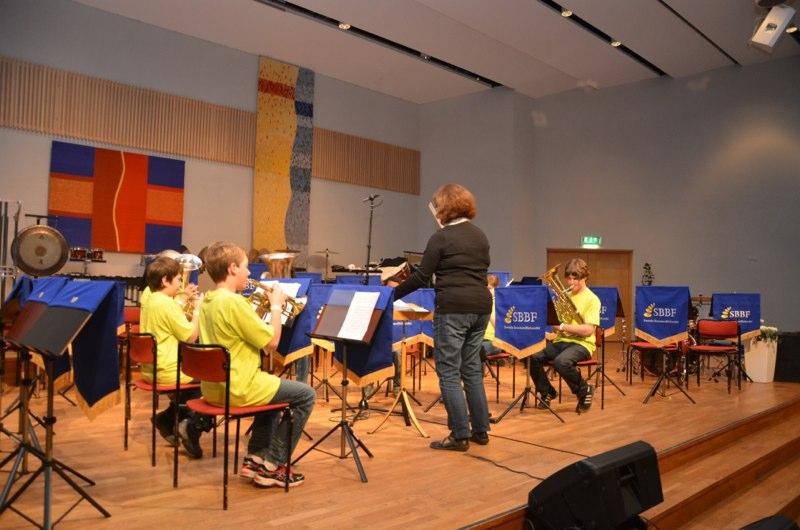 Brassbandfestivalen 2012 - Immanuel Minibrass, Enköping. Dirigent: Carina Bigelius