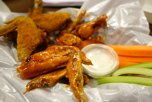Mango Habanero, Asian Zing & Vurry Curry (dry spice rub) Wings at Wings World, Katong