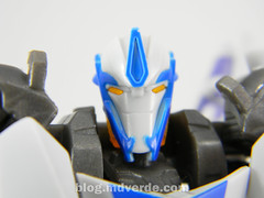 Transformers Smokescreen Deluxe - Transformers Prime Beast Hunters - modo robot