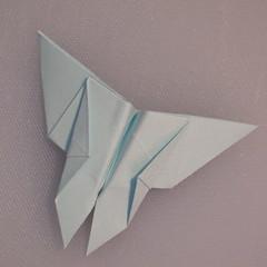 วิธีพับกระดาษเป็นรูปผีเสื้อ 018