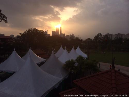 Pemandangan matahari terbenam dari Taman Permainan Dato' Keramat by aimedianet