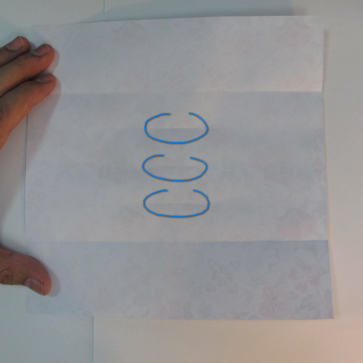 การพับกระดาษเป็นรูปหัวใจแบบ 3 มิติ 010
