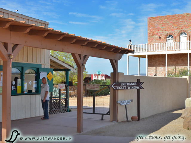 PIC: Pioneer Living History Village - entrance
