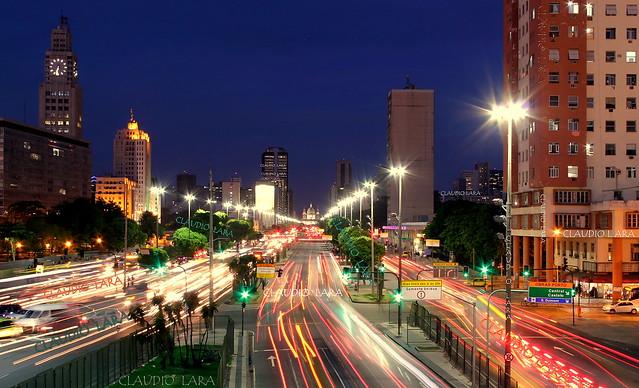 AVENIDA PRESIDENTE VARGAS - Rio de Janeiro Downtow